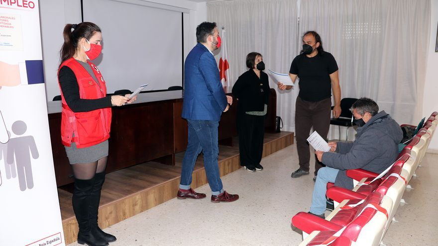 Cruz Roja Zamora entrega los diplomas del curso de Asistente personal