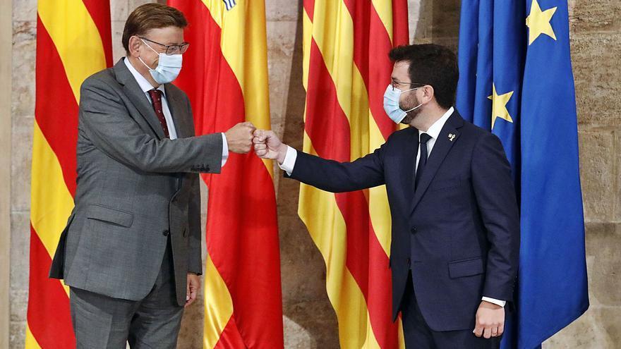 Aragonés hace guiños en financiación y sella con Puig una alianza en los fondos europeos