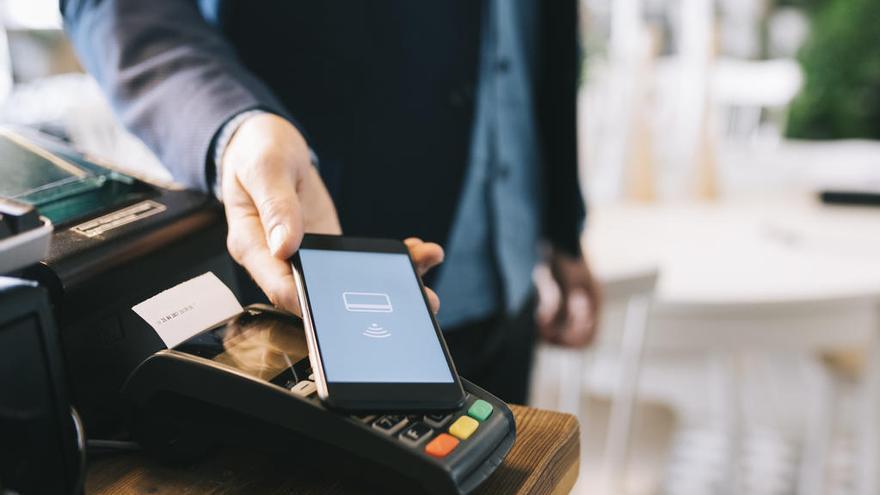 ¿Cómo pagará? ¿Efectivo, tarjeta o teléfono móvil?