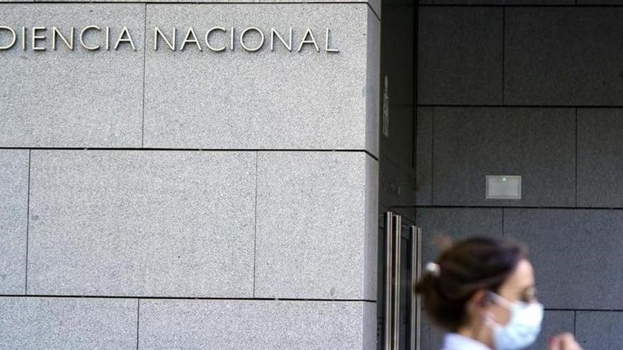 El juez imputa a exjefes de seguridad de Caixabank y Repsol por encargos a Villarejo
