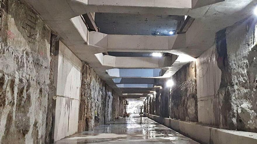 Los contratos del montaje de la vía del Metro reciben 10 ofertas