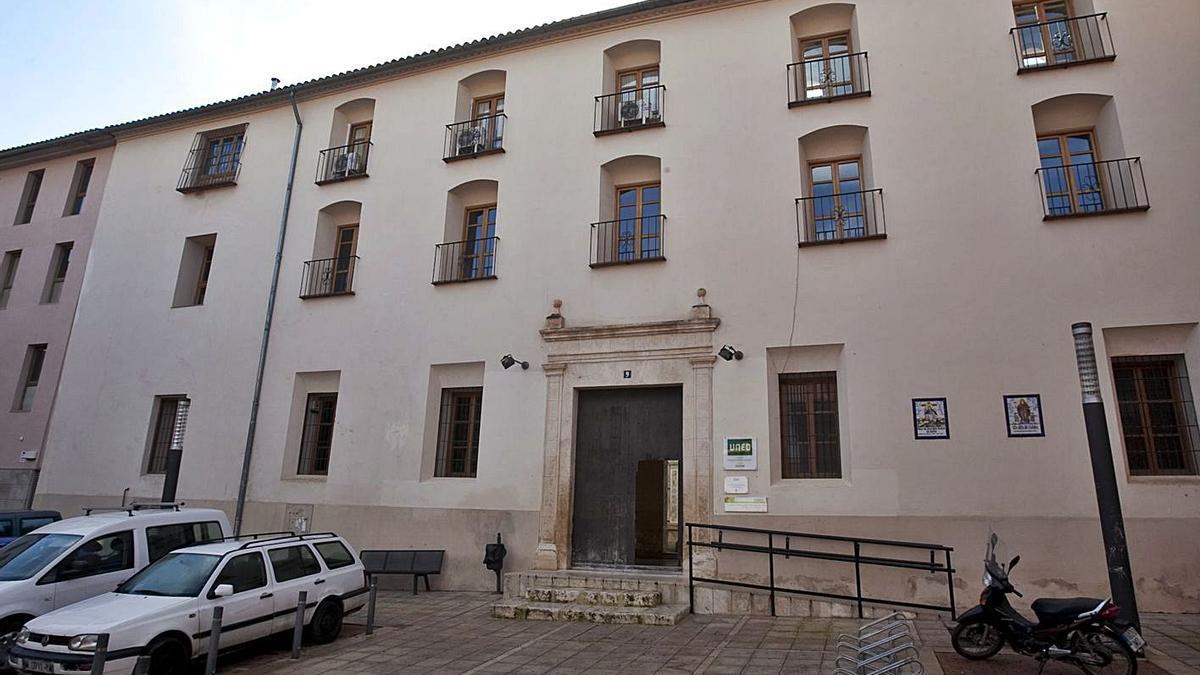 La sede de la Universidad Nacional de Educación a Distancia (UNED) en Xàtiva. | LEVANTE-EMV