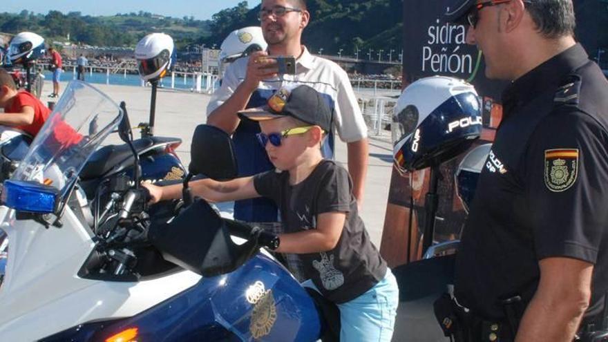 La Policía también va en Harley