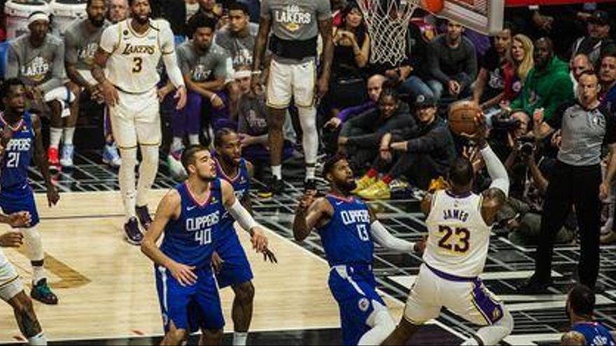 El derbi entre Lakers y Clippers, partido estrella en el reinicio de la NBA