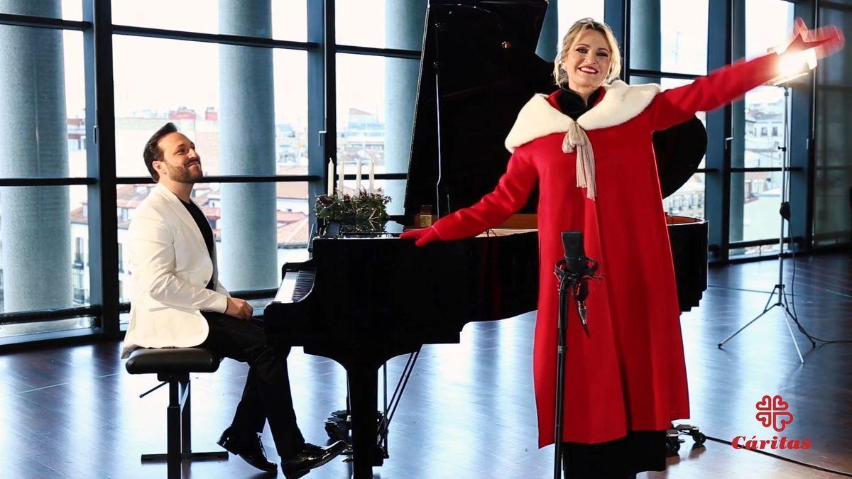 Ainhoa Arteta canta el 'Campana sobre campana' para Cáritas