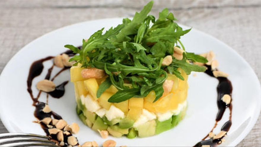 Tàrtar d'alvocat i mango, una recepta ideal per aquest estiu