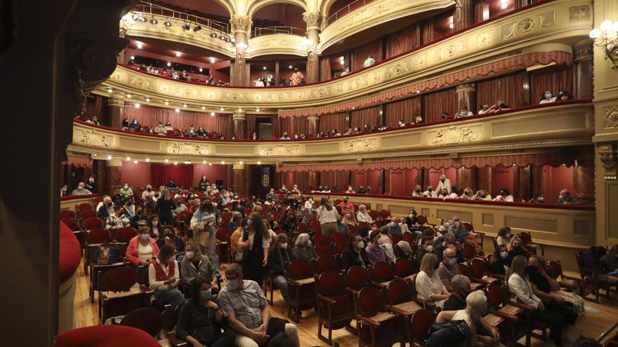 El Palacio Valdés retoma el teatro en agosto con tres propuestas y un estreno nacional absoluto
