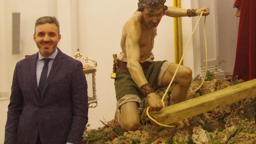 Zamarrilla presenta un nuevo sayón para el grupo escultórico del Santo Suplicio