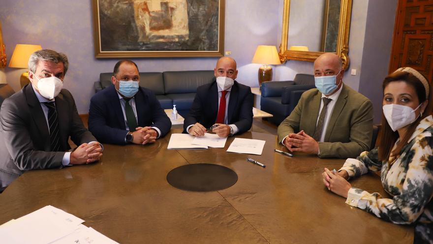 La Diputación de Córdoba firma operaciones de crédito por más de 24 millones