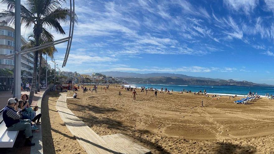 Las reservas para viajar a Canarias desde el Reino Unido aumentan un 5%, según Destinia