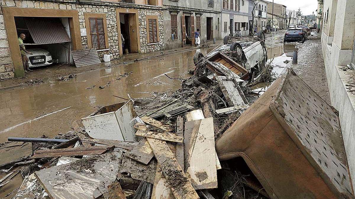 Las calles de Sant Llorenç quedaron anegadas en octubre de 2018 tras desbordarse el torrente.