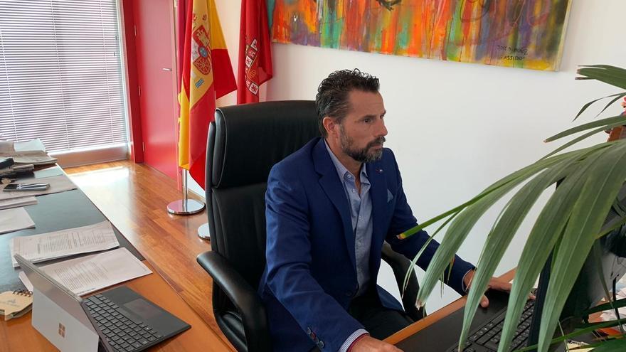 La pintada en casa de Mario Gómez desencadenó la denuncia por corrupción contra el Gobierno de Murcia