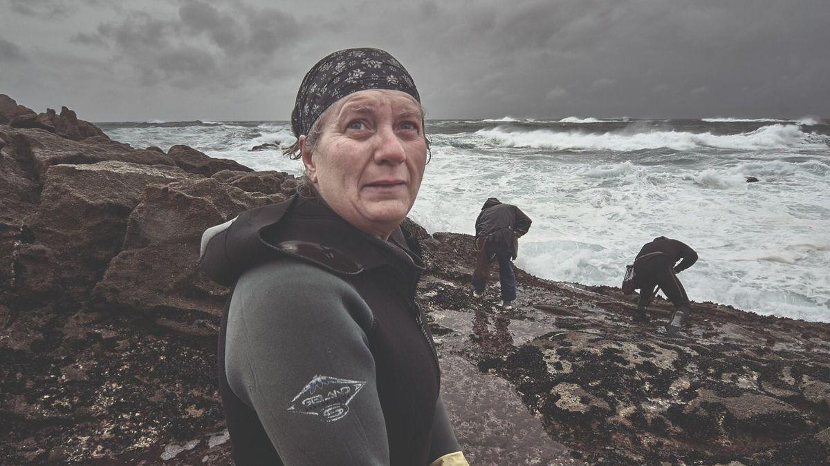Galicia busca a la mariscadora más longeva