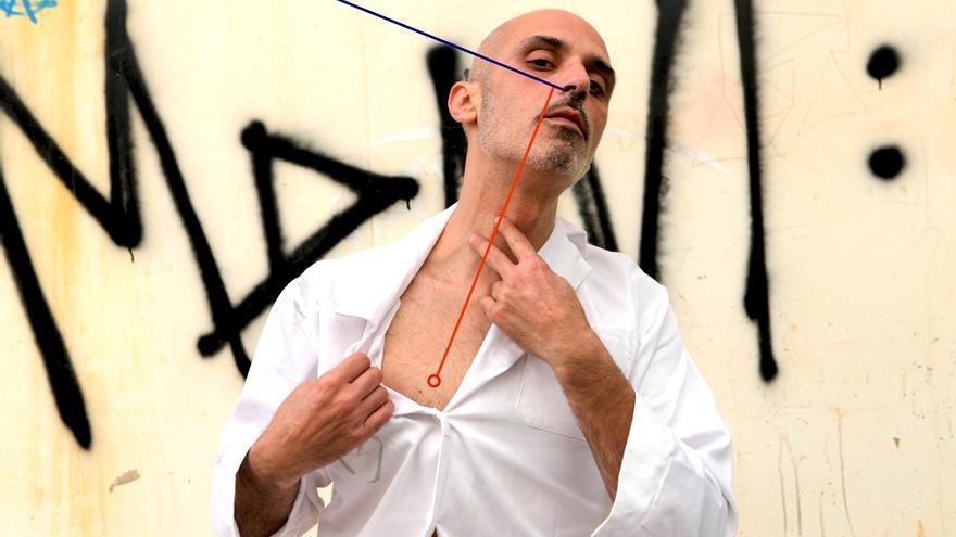 Álvaro Terrones: Fortuna o virtud del olfato, una performance en dos términos