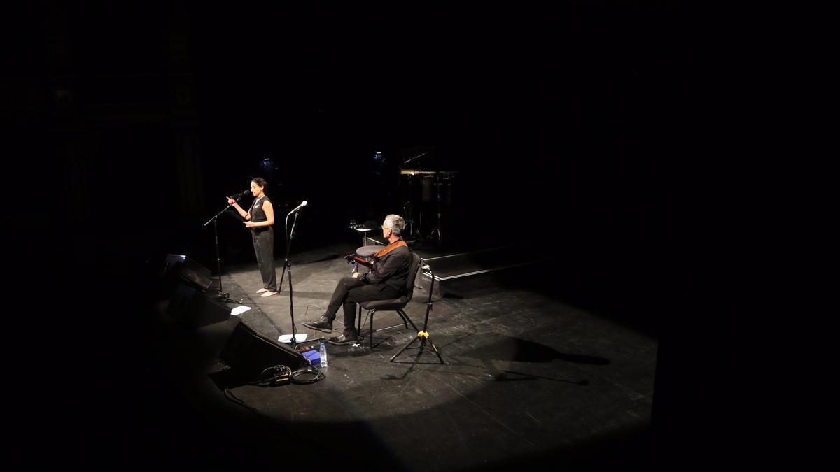 Imagen del concierto de Noa dentro del Festival Terral del Teatro Cervantes