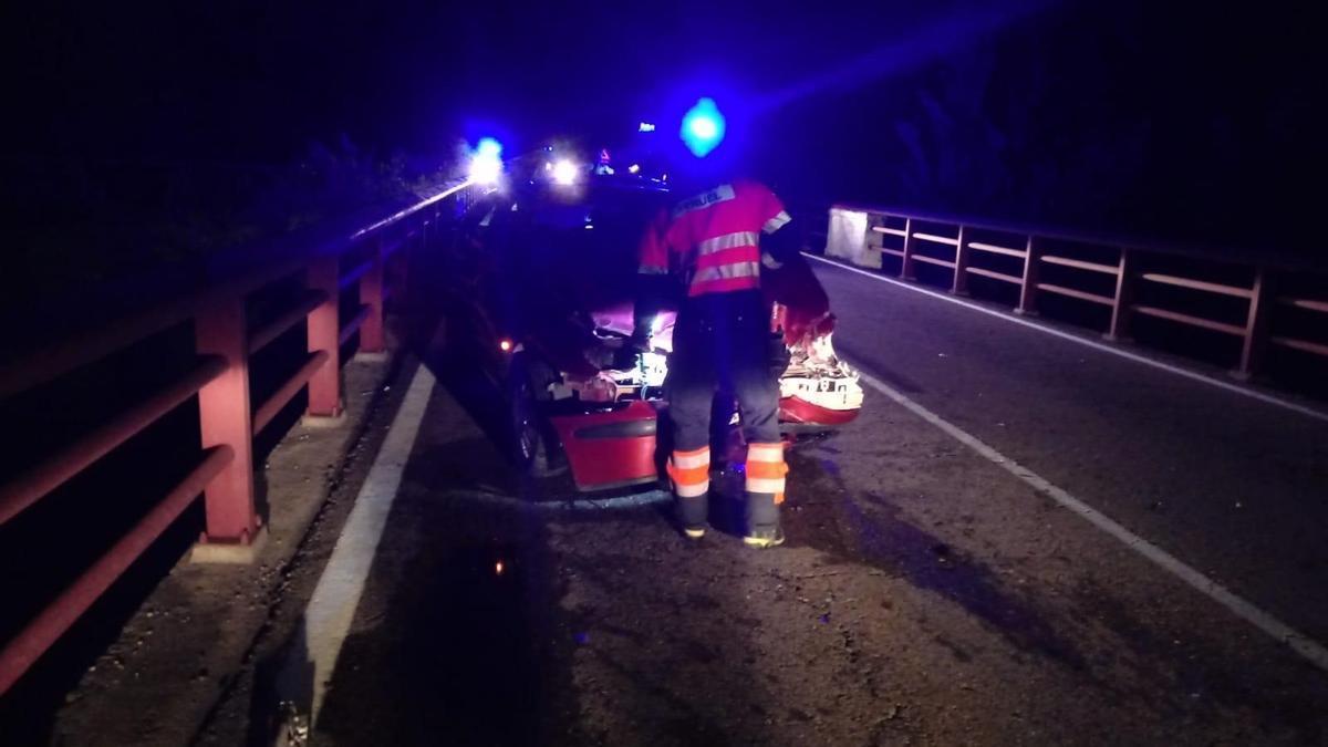 Heridas cuatro personas en un accidente múltiple en la A-231, a la altura del puente sobre el río Tastavins (Teruel).