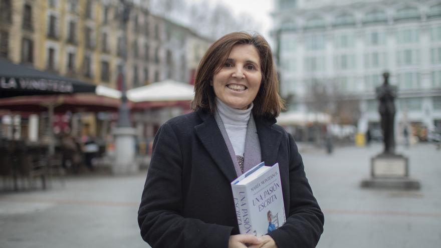 """María Montesinos, escritora: """"La tecnología no puede convertirse en aliada de la desinformación"""""""
