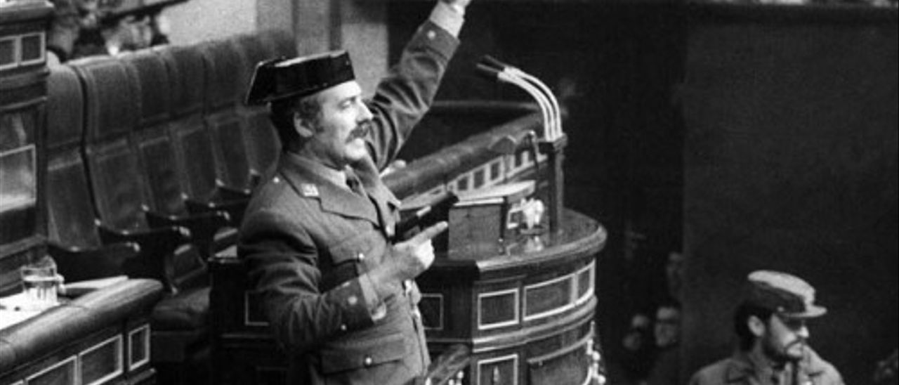 El coronel Tejero, en la tribuna del Congreso el 23-F.
