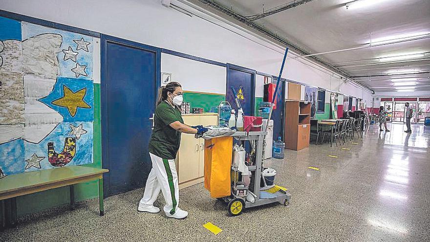 Directores lamentan no saber qué alumnos deberían estar en cuarentena