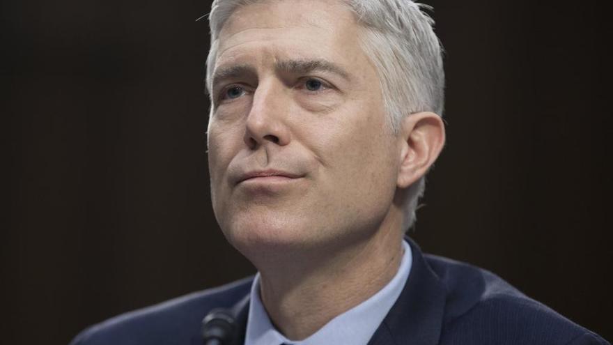 El Senado aprueba a Gorsuch como juez del Supremo