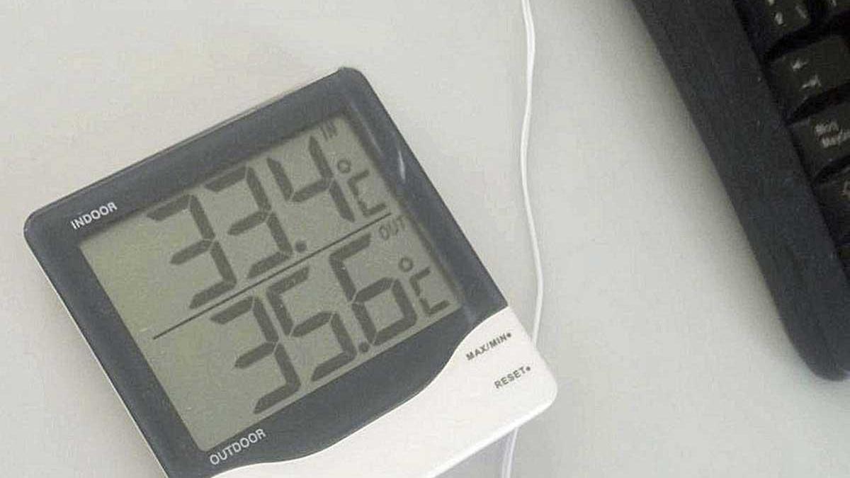 Los sanitarios del PAC de Alcúdia denuncian las altas temperaturas.