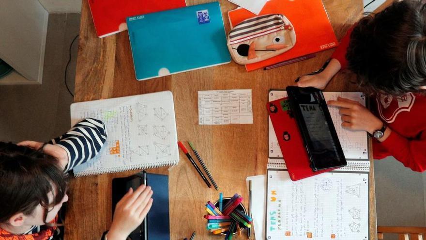 Los alumnos españoles de Primaria bajan en Ciencias y se alejan de la media mundial