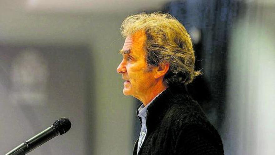 España entra en situación crítica con las UCI al límite de capacidad por el COVID