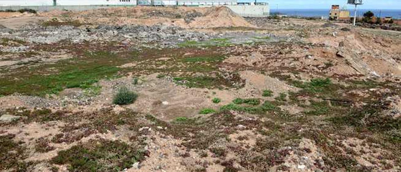 Vista de los terrenos que ocupaba la plaza de toros de Gando y donde se han proyectado las naves de Carreras.