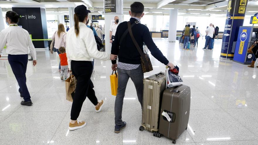 Los tres aeropuertos de Baleares operaron ayer 258 vuelos, 39 desde Alemania