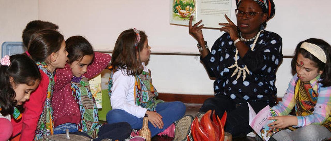 Taller infantil Aprender a contar dado ayer por Michelle Tanon-Lara.