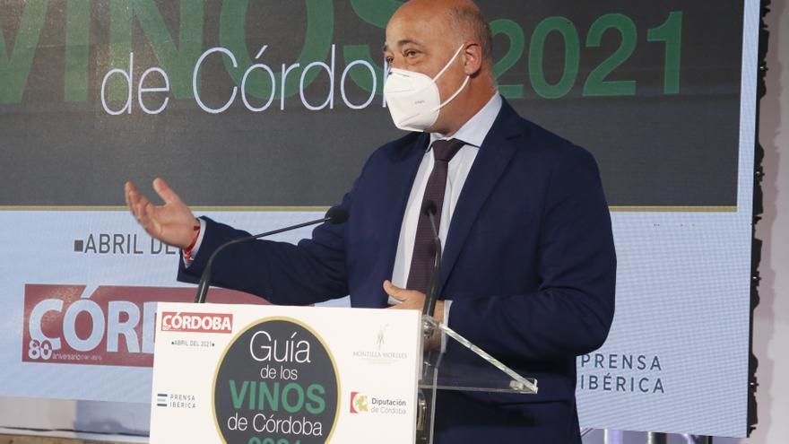 Antonio Ruiz destaca la innovación como clave para el futuro del vino de Córdoba