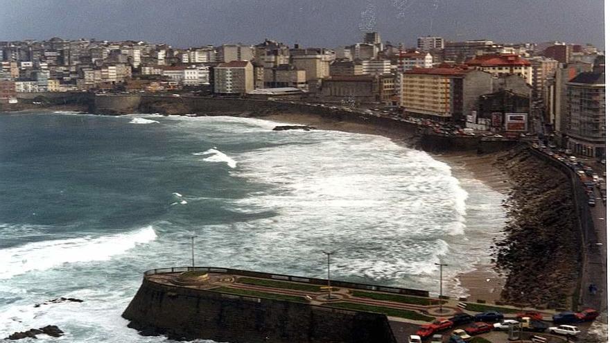 Bodas de plata del paseo marítimo con A Coruña