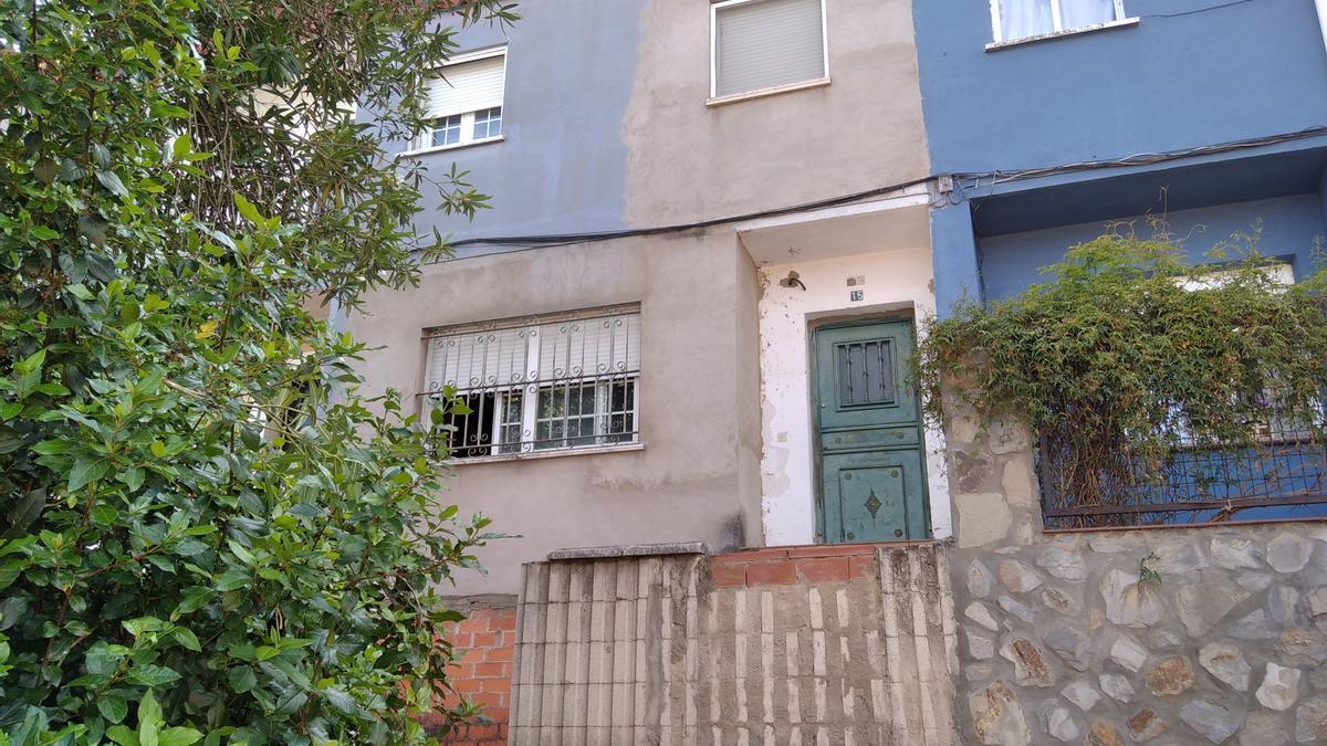 El accidente doméstico se produjo en esta vivienda de Cerro de Reyes.