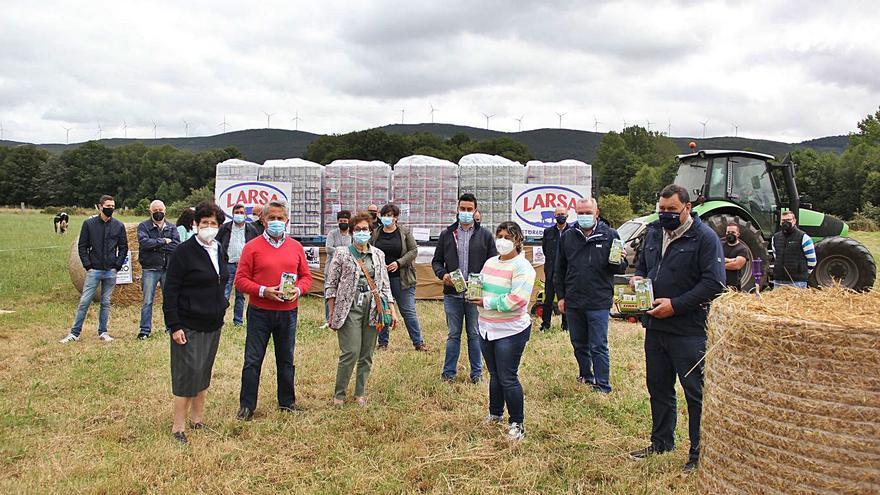12.000 litros de blanca solidaridad repartidos en el corazón de Galicia