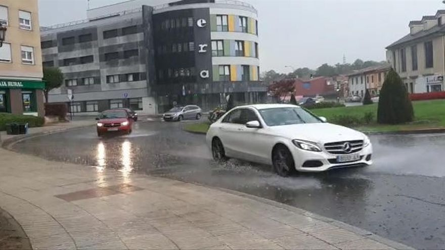 La ola de calor acaba en tormenta en Asturias: Así han sido las fuertes lluvias en el corazón de la región