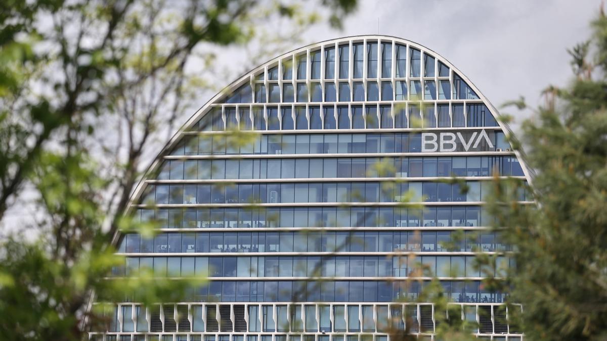 Edificio de la sede de BBVA en Madrid, conocido como 'La Vela'