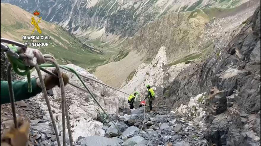 La Guardia Civil rescata el cuerpo sin vida de un escalador en el pico Tromouse en Bielsa