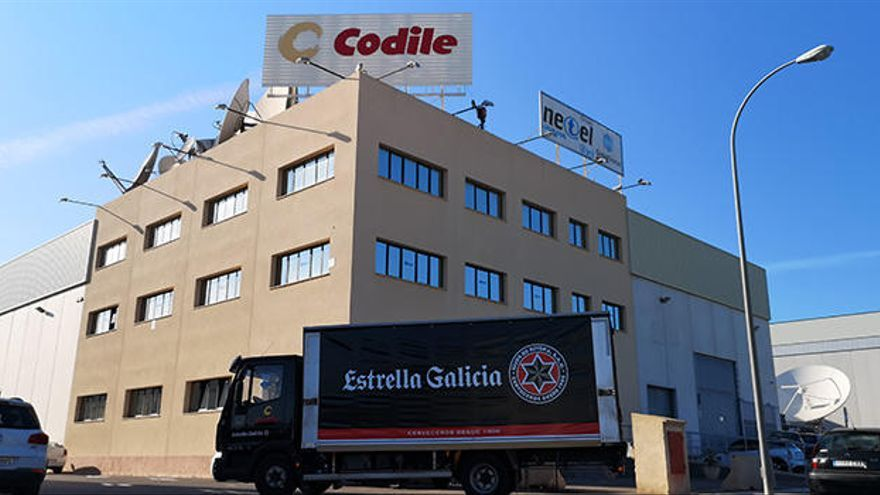 La unión de dos líderes: Codile distribuirá la cerveza Estrella Galicia