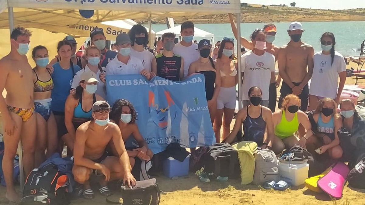 Equipo del Club Salvamento Sada, en Badajoz. |  // LA OPINIÓN