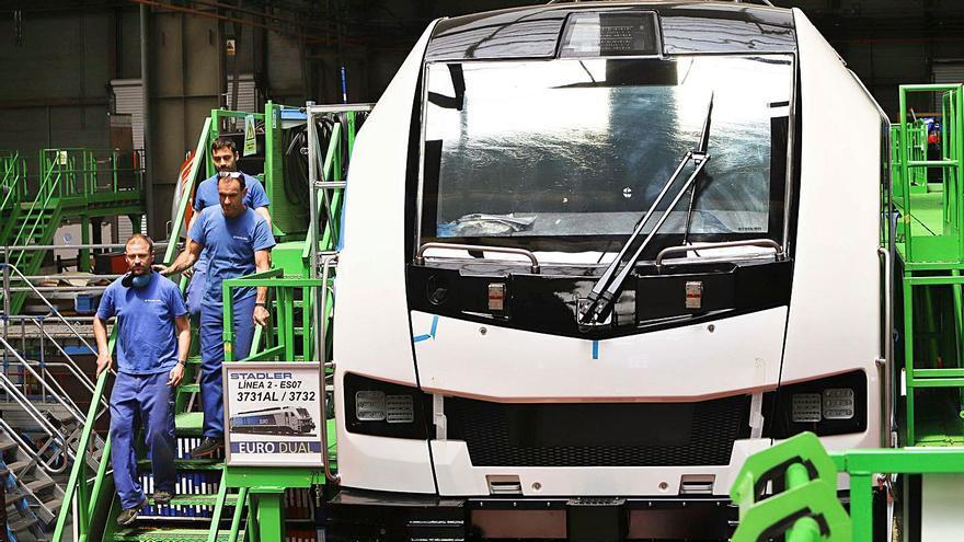 Valencia y Alicante pierden peso en     la industria en favor de Castelló