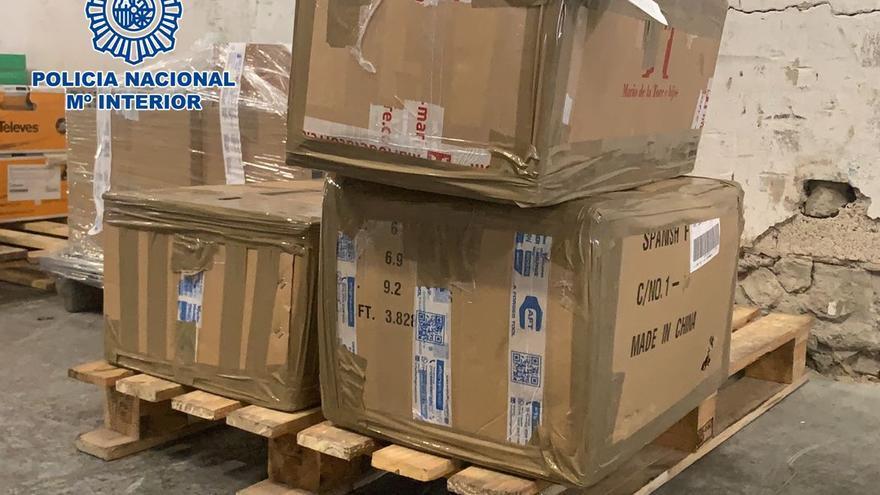 Dos hermanos acaban detenidos por introducir una tonelada de hachís en Tenerife