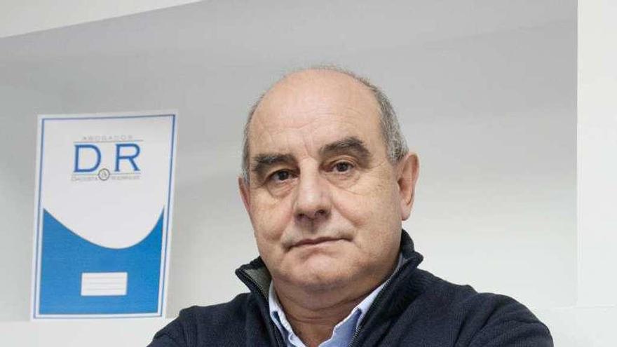 El abogado Antonio Rodríguez, en su despacho zamorano.