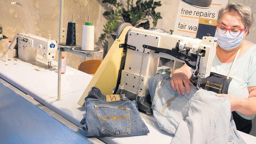 Trucs per tenir un armari amb menys impacte ambiental