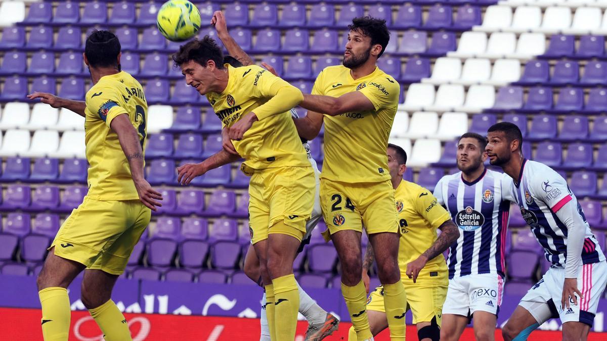 Un momento del choque entre el Valladolid y el Villarreal