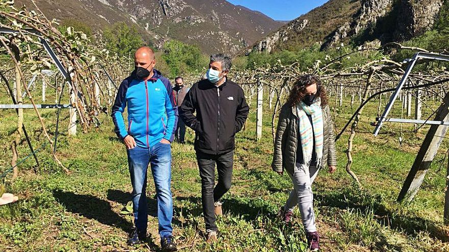 Calvo se compromete en Belmonte a facilitar el uso de los suelos de las vegas