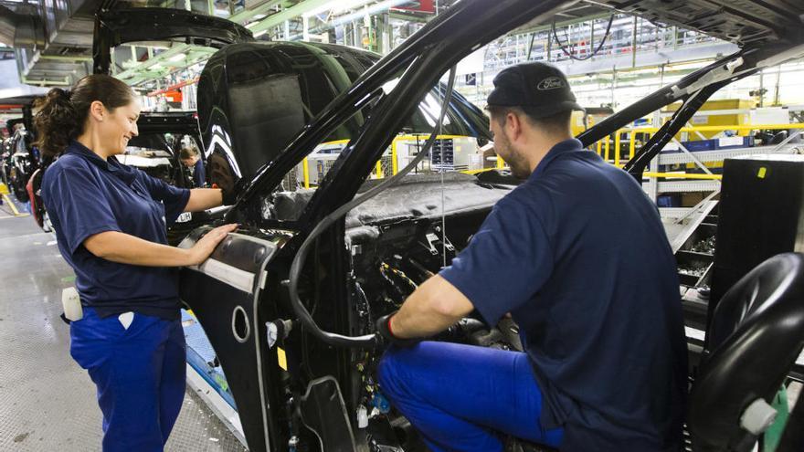 Los ajustes en el parque de proveedores de Ford ya afectan a ocho empresas