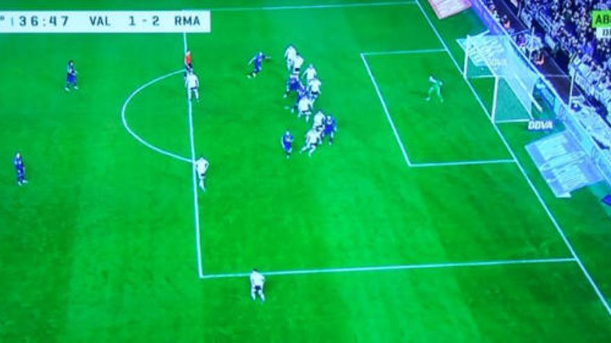 Polémica por el gol de Bale, ¿en fuera de juego?