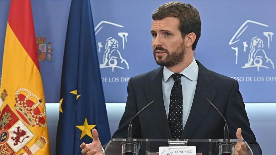 Pablo Casado durante la rueda de prensa