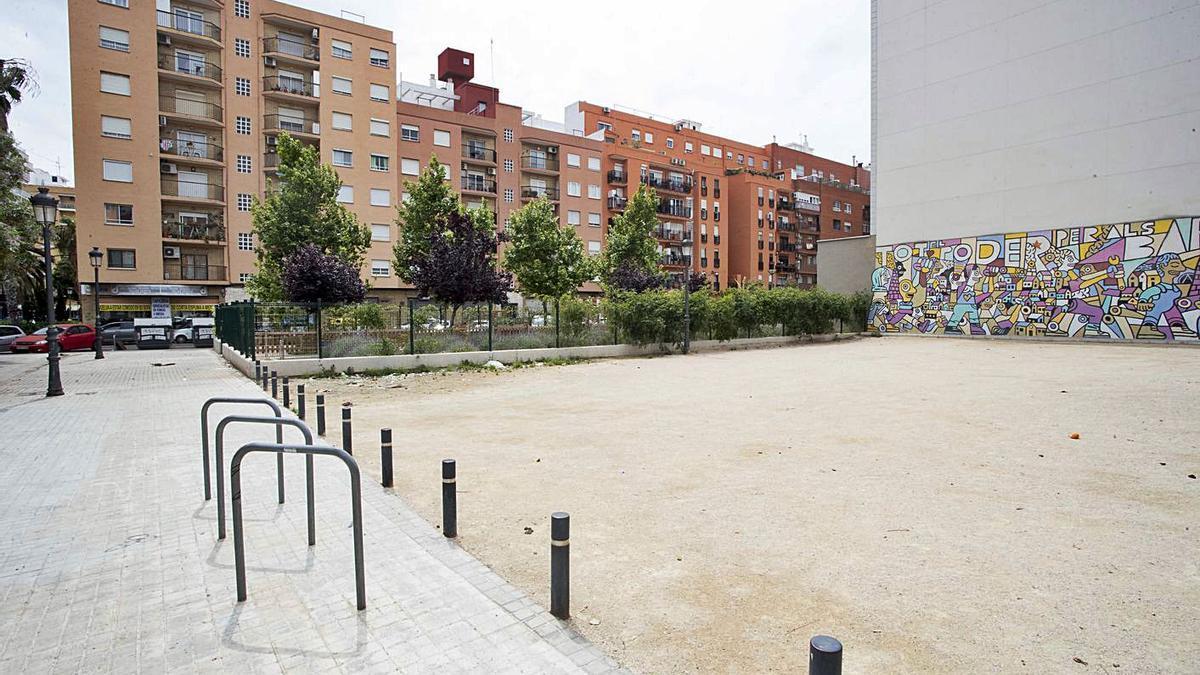 València contará con un gran centro multiservicios para sintechos en Patraix