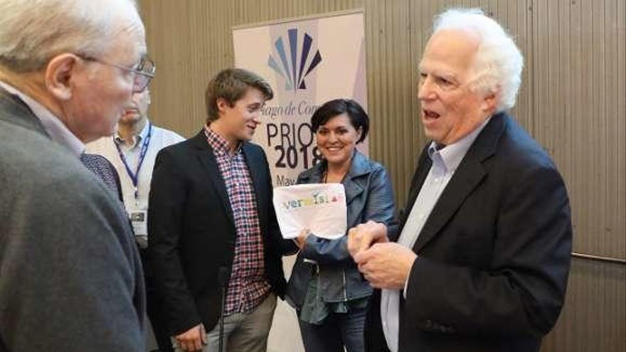 "Prusiner ve ""perspectivas extraordinarias"" para comprender mejor el alzhéimer"